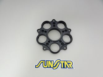 image 1 for ADAPTER SUNSTAR - ZĘBATKI TYLNEJ DUCATI 748/796/800/848/916/996/998/1000/1100 SUNR5-H001-00